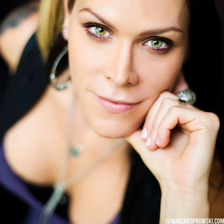 Artist Of The Day Beth Hart Gt Grcmc